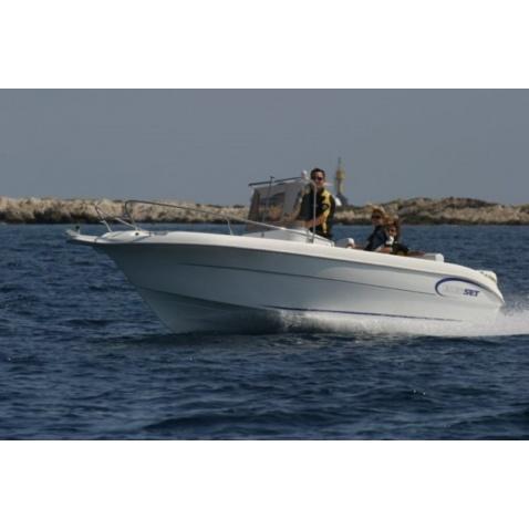 Motorový čln A580 Open
